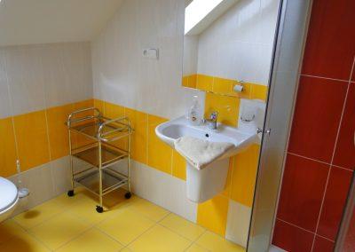 Ubytování Ve Stodůlce Třeboň - Podkroví, 3 osoby, koupelna, WC
