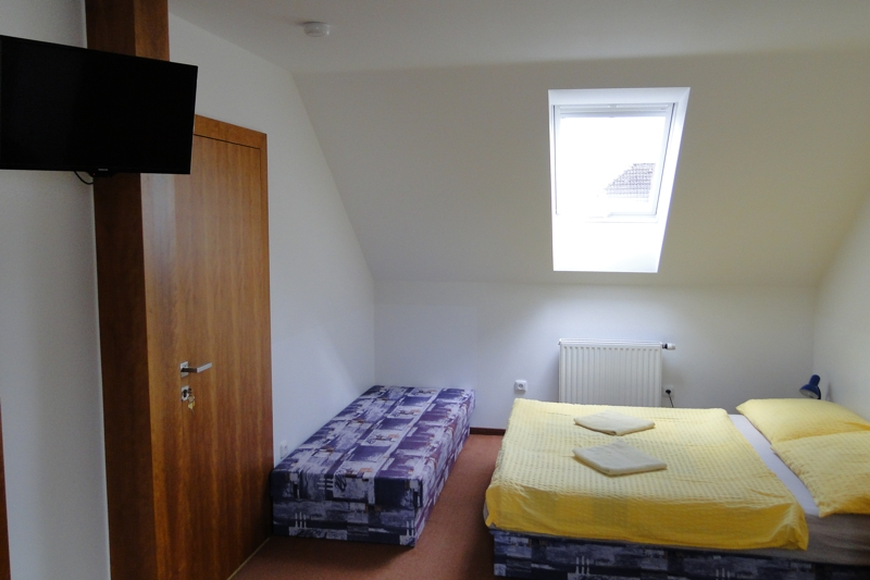 Ubytování Ve Stodůlce Třeboň - Podkroví, pokoj 3 osoby + přistýlka