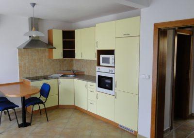 Přízemí s terasou, 2osoby, kuchyňka